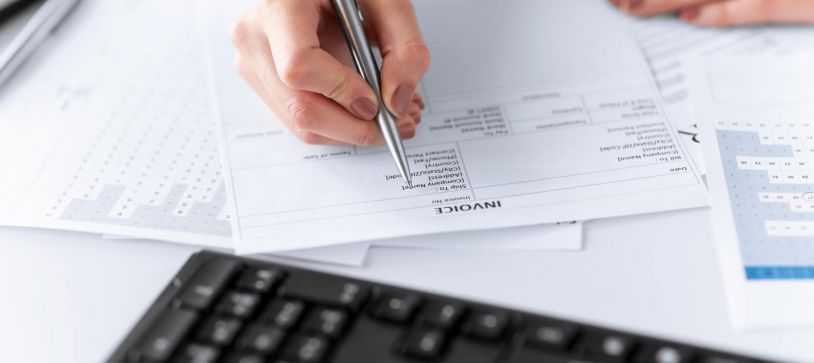 Electronic invoices as a means of reducing costs